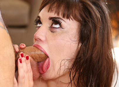 The Girl With No Gag Reflex!